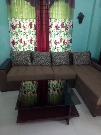l-shape-sofa-with-center-table-big-2